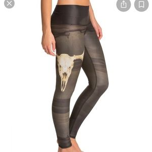 Teeki deer medicine hot pant leggings medium